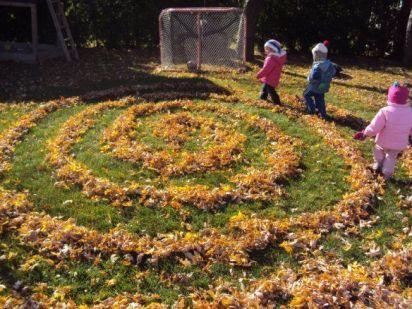 Leaf Labyrinths