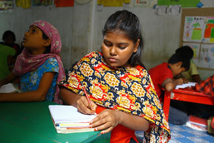 Flexible learning helps girls education in Bangladesh
