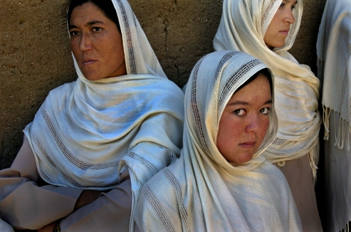 Midwife Students Help Prevent Maternal Mortality in Afghanistan