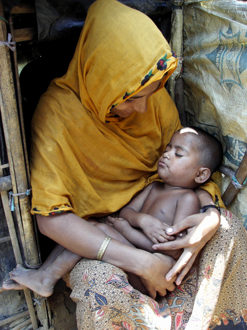 Stateless refugee mothers fall through the cracks in Bangladesh