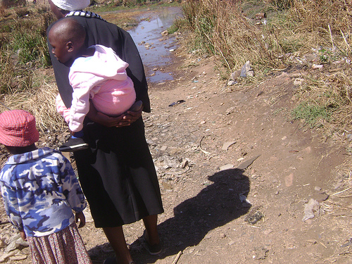 AFRICA: Poverty Zimbabwe hits women and children hardest
