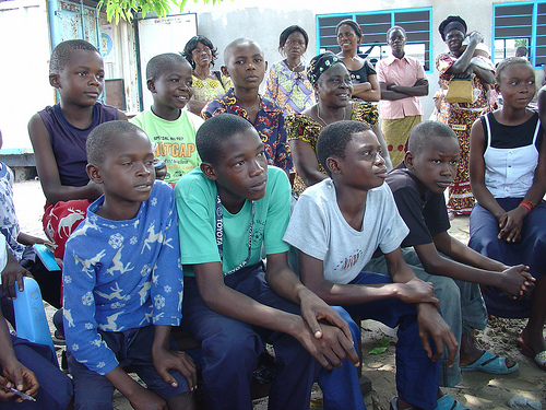 CONGO: Discussion groups help male youth work to prevent violence against women