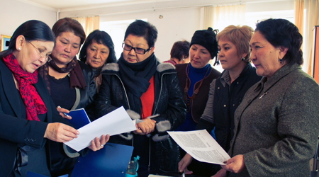 Kyrgyzstan: Women leadership advocates win NDI Albright grant