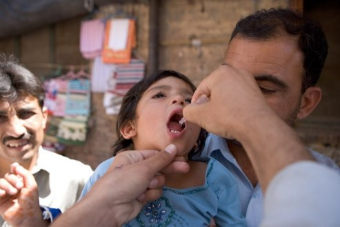 Eradicating polio worldwide shows large advances as agencies push forward