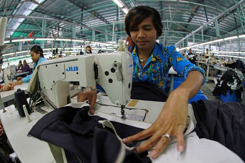 BANGLADESH: ILO sends letter to 500 factories to insure building safety for garment workers