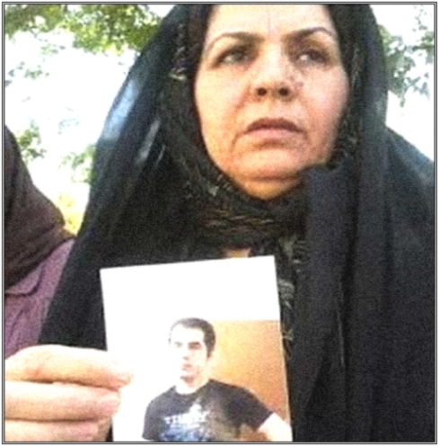 IRAN: A mother's plea to save the life of her imprisoned son – Hossein Ronaghi Maleki