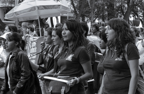 Women teachers in Mexico protest new restrictive education law