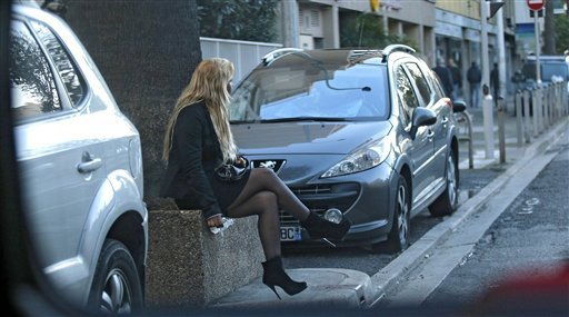 Prostitution: France wants to punish clients [instead]