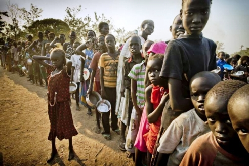 Displaced South Sudanese women & children spill over to safety in Uganda
