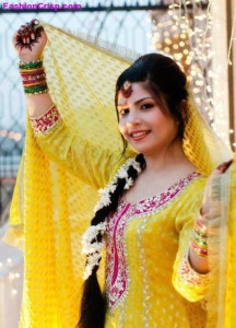 Mehndi Clothes