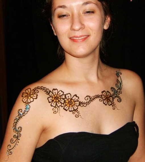Mehndi Designs For special Occasions 07