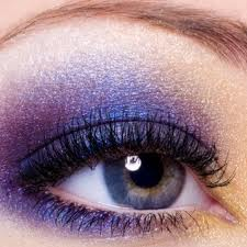 Steps to Create a Purple Smokey Eye Makeup Look 03