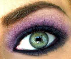 Steps to Create a Purple Smokey Eye Makeup Look 08