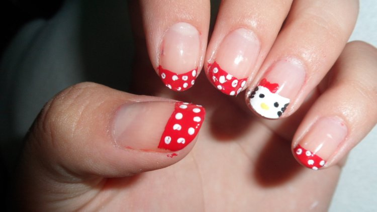 Create Hello Kitty Nail Designs at Home 02