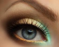 Glamorous Smokey Look for Blue Eyes 004