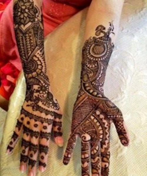arabic latest mehndi with gliter and gems,Arabic bridal Gliter mehndi designs