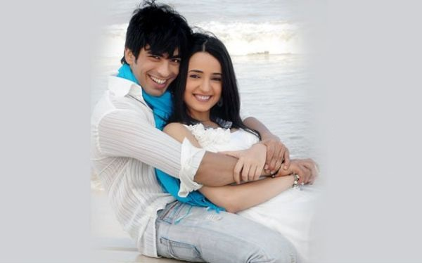 sanaya irani and mohit sehgal kiss,sanaya irani and mohit sehgal break up