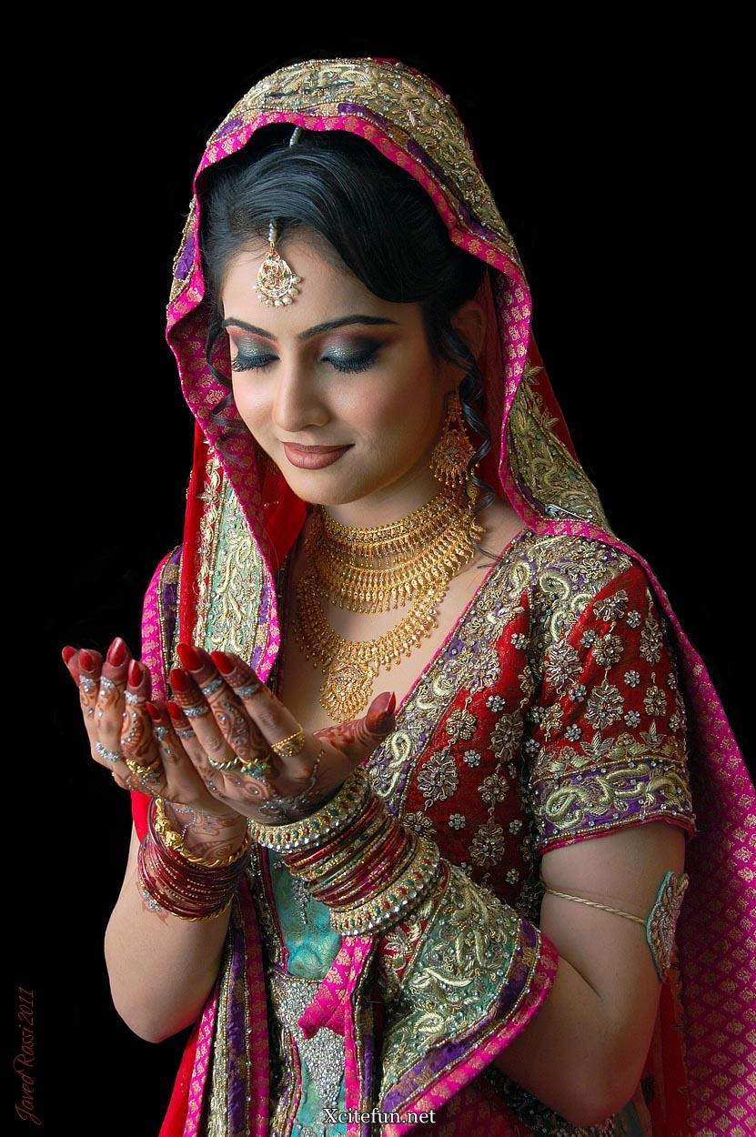 iman ali pakistani bridal dresses