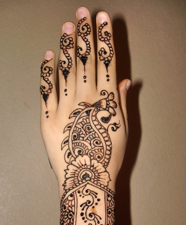 Arabic-Henna-Mehndi-Designs-Hands