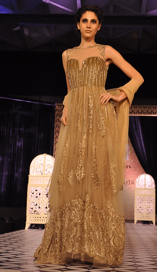 designer-manish-malhotra-Luxe-bridal-dress-Collection