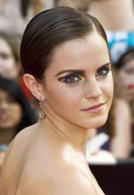 celebrities makeup transformation, Emma Watson In Horrible Makeup