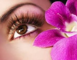 Define your pretty eyes