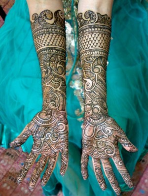 What mehndi designs suits you the most?
