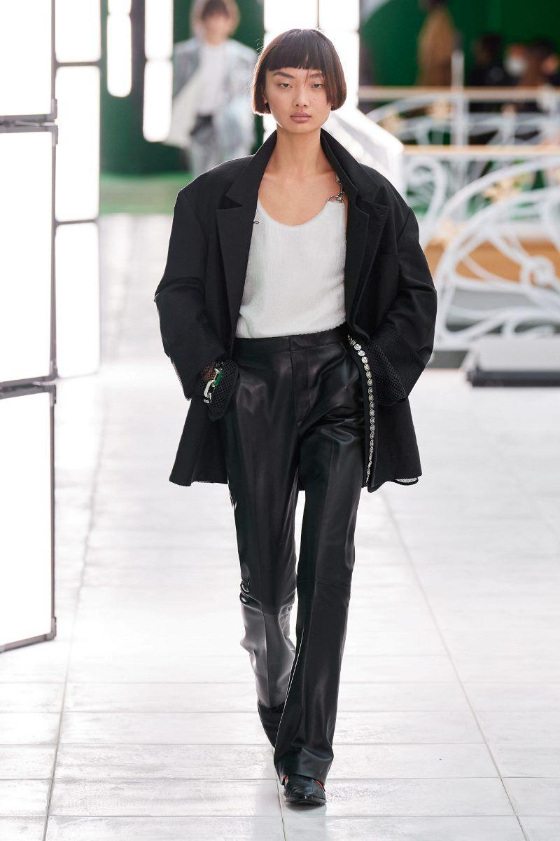 Модная одежда 2021. Блейзер Louis Vuitton