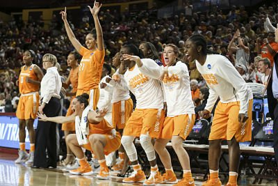 Tennessee Lady Volunteers team celebrates during the second round game of the NCAA Tournament between the Arizona State Sun Devils and the Tennessee Lady Volunteers at Wells Fargo Arena in Tempe, AZ. Photo By Donald Page/Tennessee Athletics