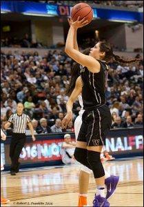 Kelsey Plum puts up a shot. Photo by Robert L. Franklin.