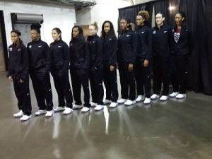Team members line up by height. From left to right: Moriah Jefferson, Kelsey Mitchell, Kelsey Plum, Courtney Williams, Jamie Weisner, Nina Davis, Morgan Tuck, Brianna Turner, Breanna Stewart and A'ja Wilson. Photo by Sue Favor.