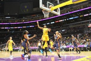 Nneka Ogwumike headed up the Los Angeles win over Connecticut, 80-73. Photo by Benita West, TGSportsTV1.