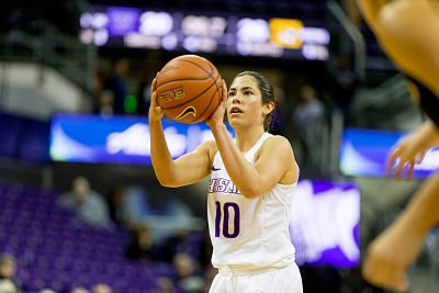 Kelsey Plum had 30 points in 27 minutes of play for Washington Wednesday. She is 23 points from becoming the Pac 12 all-time scoring leader. Photo by Scott Eklund/Red Box Pictures.