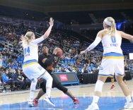 Kristen Simon swings the ball. Photo by Benita West, TGTVSports1.