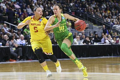 Lexi Bando is guarded by Destiny Slocum as she drives up court. Photo courtesy of Oregon Athletics.