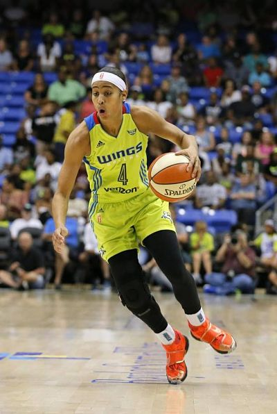 Skylar Diggins-Smith scored in double digits for the third straight game Sunday in the Wings' win. AP photo by Tony Gutierrez.