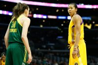 Breanna Stewart and Candace Parker during a pause in the game. Photo by Maria Noble/WomensHoopsWorld.