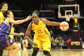 Chelsea Gray scores 13 points and dished six assists against Phoenix. Photo by Benita West/TGSportsTV1.