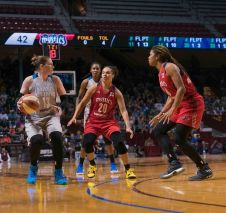 Lindsay Whalen looks to pass out of the Mystics defense. Photo by Brian Few Jr./TGSportsTV1.