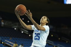 Monique Billings goes up for a layup. Photo by Maria Noble/WomensHoopsWorld.