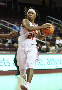 Aliyah Mazyck drives to the rack. Photo by Maria Noble/WomensHoopsWorld.