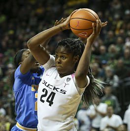 Ruthy Hebard set a Division I record for number of consecutive shots made, with 33. Samuel Marshall/Eric Evans Photography.