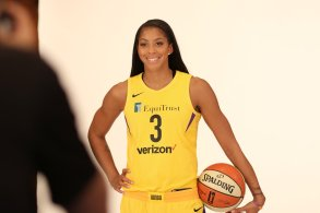 Candace Parker. Photo by Maria Noble/WomensHoopsWorld.