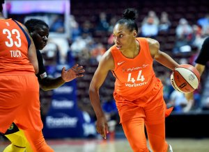 Betnijah Laney looks at her passing options. Photo courtesy of Connecticut Sun.