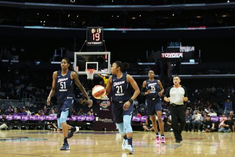 Jessica Breland and Renee Montgomery bring the ball up court while Tiffany Hayes trails. Photo by Maria Noble/WomensHoopsWorld.