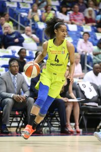 Skylar Diggins-Smith has been averaging over 23 points per game and playing a team-high 34 minutes per outing. Photo by Layne Murdoch/NBAE via Getty Images.