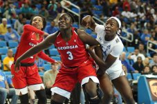 Georgia and UCLA players box out for the rebound. Maria Noble/WomensHoopsWorld.