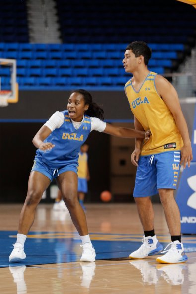 October 29, 2019 - Charisma Osborne is vocal at the UCLA Bruins women's basketball team preseason practice at Pauley Pavilion in Los Angeles, California. Maria Noble/WomensHoopsWorld
