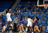 Kiara Jefferson elevates to score. Maria Noble/WomensHoopsWorld