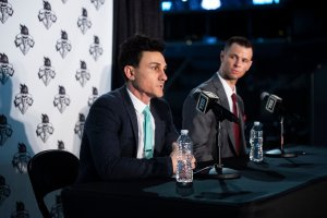 BROOKLYN, NY - JANUARY 8: New York Liberty General Manager Jonathan Kolb speaks alongside new head coach Walt Hopkins during the New York Liberty press conference to announce their new head coach. Mike Lawrence/NBA via Getty Images.